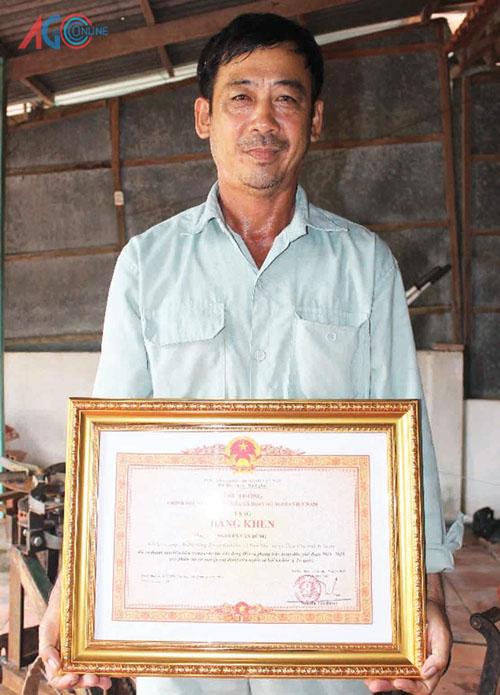 Ông chủ của các loại máy nông nghiệp được nhận Bằng khen của Thủ tướng