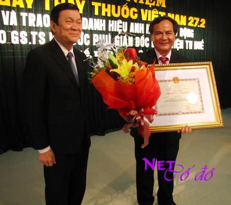 Thừa Thiên - Huế: Nụ cười bệnh nhân - niềm vui người thầy thuốc được phong Anh hùng
