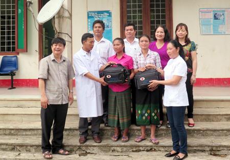 Quảng Bình: Cải thiện chất lượng CSSKSS nhờ những cô đỡ thôn bản