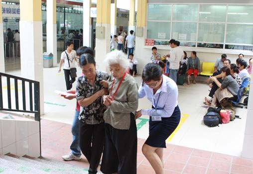 Hiệu quả từ cách làm hay của nhân viên công tác xã hội tại Bệnh viện