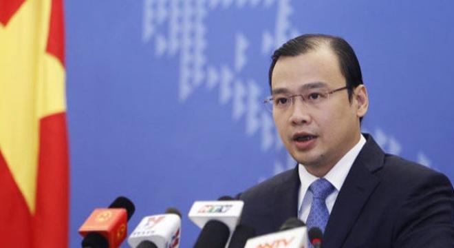 Việt Nam trao công hàm phản đối Trung Quốc bay thử nghiệm ở Trường Sa