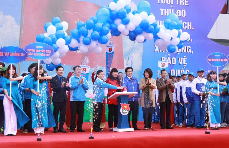 Thành đoàn Hà Nội gắn hoạt động của thanh niên với đưa Nghị quyết của Đảng vào cuộc sống