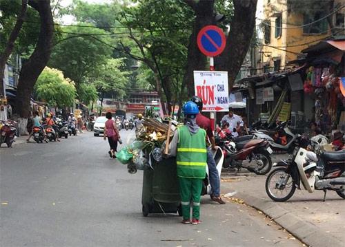 Những người thầm lặng làm đẹp đường phố