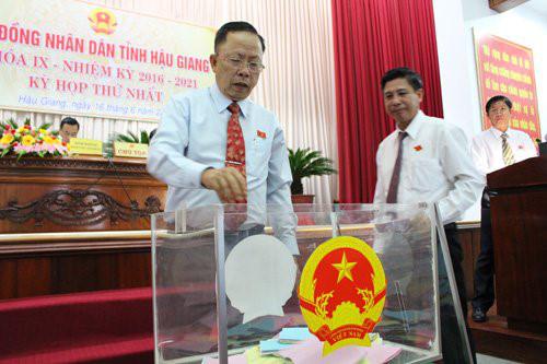 Hậu Giang tổ chức Kỳ họp thứ nhất Hội đồng Nhân dân tỉnh khóa IX, nhiệm kỳ 2016 - 2021