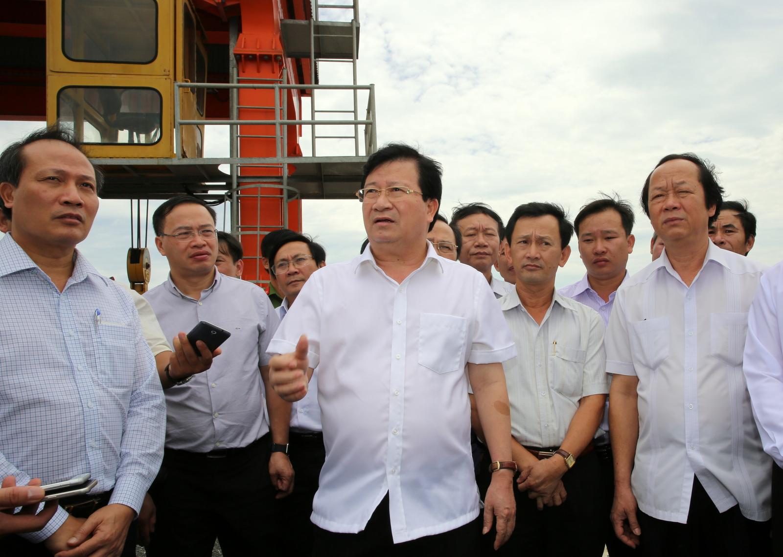 Phó Thủ tướng Trịnh Đình Dũng thị sát nhà máy thủy điện An Khê – Ka Nak