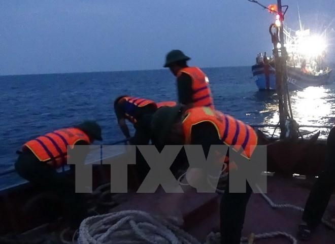 Thanh Hóa: Cứu 7 ngư dân gặp nạn trên biển do ảnh hưởng bão số 1