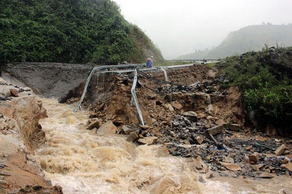 Hà Giang thiệt hại nặng do hoàn lưu của bão số 1