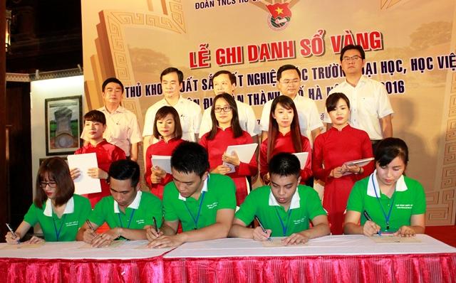 Chỉ có 10% số thủ khoa xuất sắc được tuyển dụng vào các sở, quận, huyện của TP Hà Nội