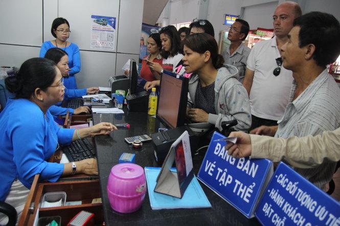Bắt đầu bán vé tàu Tết Đinh Dậu năm 2017 từ ngày 1/10