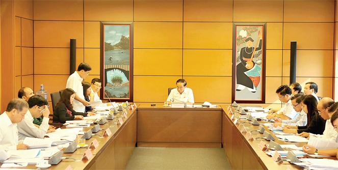 Quốc hội thảo luận về dự án Luật trách nhiệm bồi thường của Nhà nước (sửa đổi) và dự án Luật trợ giúp pháp lý (sửa đổi)