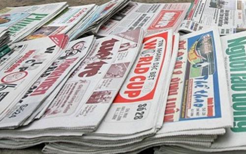 """Nhận diện nguy cơ """"tự diễn biến"""", """"tự chuyển hóa"""" trong lĩnh vực báo chí và một số giải pháp khắc phục"""