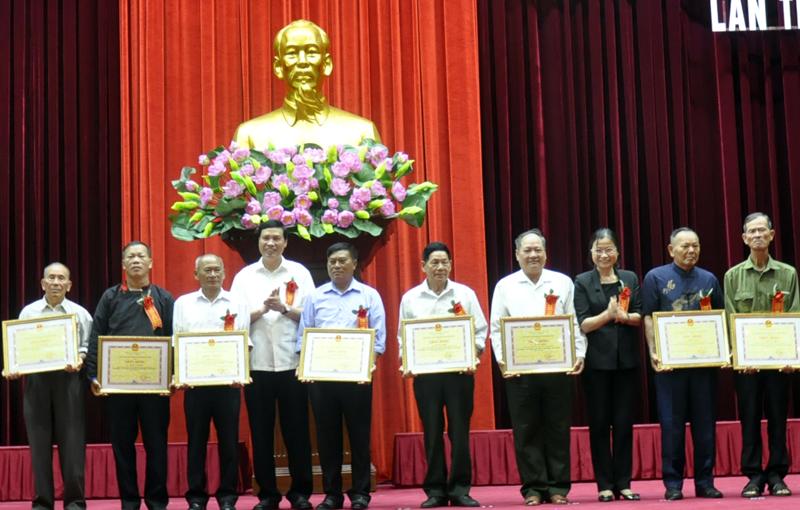 Quảng Ninh: Biểu dương người có uy tín tiêu biểu trong đồng bào dân tộc thiểu số