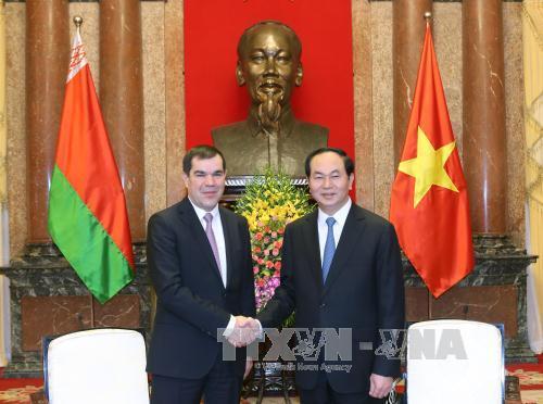 Chủ tịch nước Trần Đại Quang tiếp Chủ tịch Ủy ban An ninh quốc gia Belarus