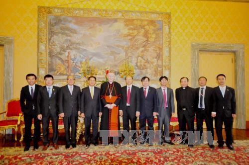 Thứ trưởng Ngoại giao Bùi Thanh Sơn thăm và làm việc tại Tòa thánh Vatican