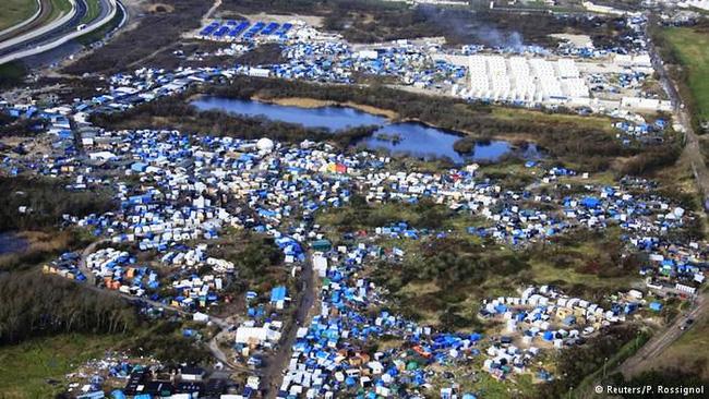 Pháp xóa sổ trại tị nạn ở Calais