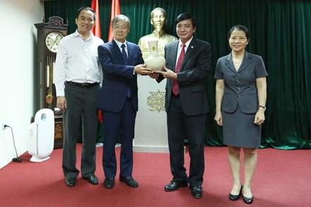 Tăng cường phối hợp giữa Công đoàn Việt Nam và Tổng Công đoàn Quốc tế