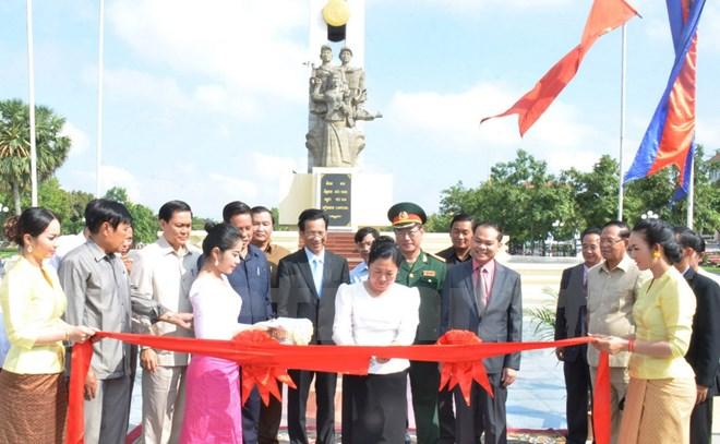 Campuchia khánh thành Đài tưởng niệm Quân tình nguyện Việt Nam tại thủ đô Phnom Penh