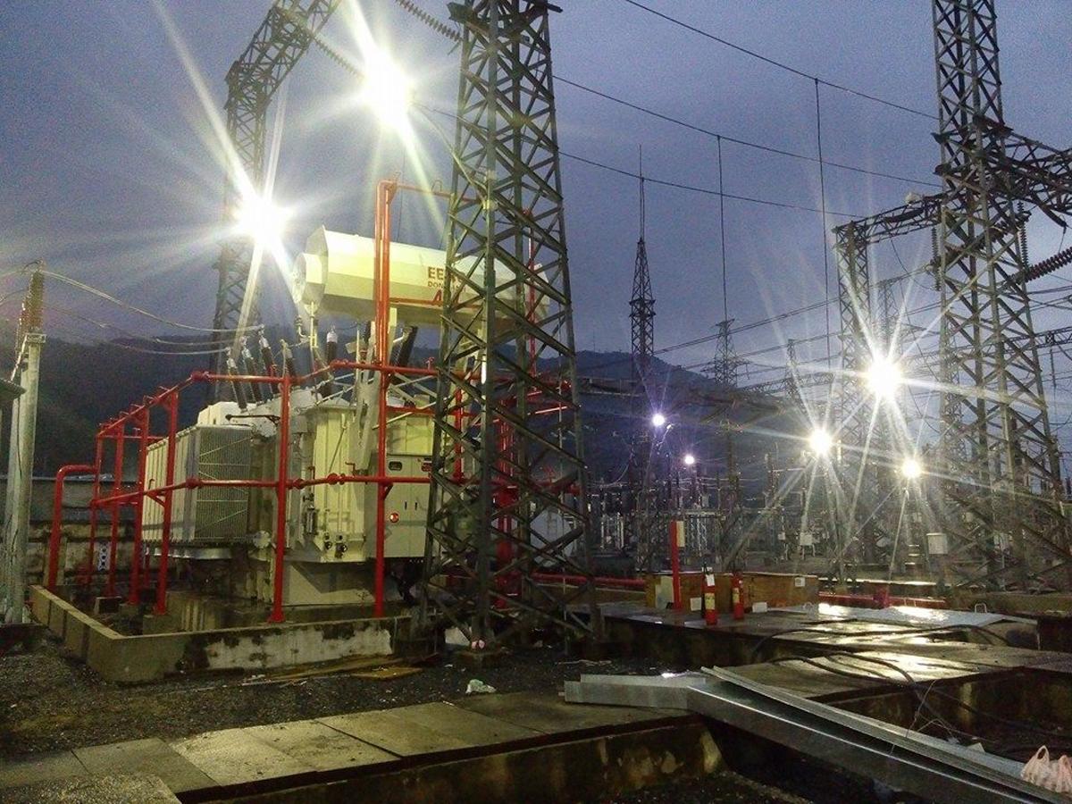 Đóng điện dự án nâng công suất Trạm biến áp 220 kV Hòa Khánh