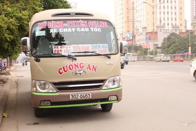 Hà Nội: Xử lý xe khách dừng, đỗ sai quy định còn nhiều khó khăn