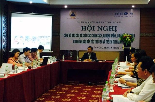 Lào Cai: Rà soát các chính sách, chương trình giảm nghèo cho đồng bào dân tộc thiểu số và trẻ em