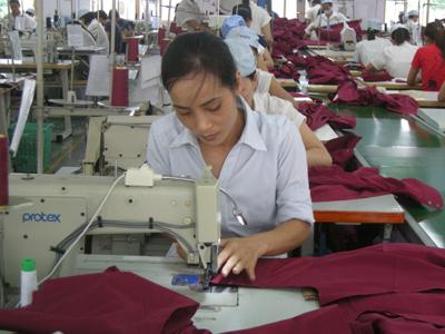 Vĩnh Tường (Vĩnh Phúc): Năm 2016, sản xuất công nghiệp có nhiều thuận lợi