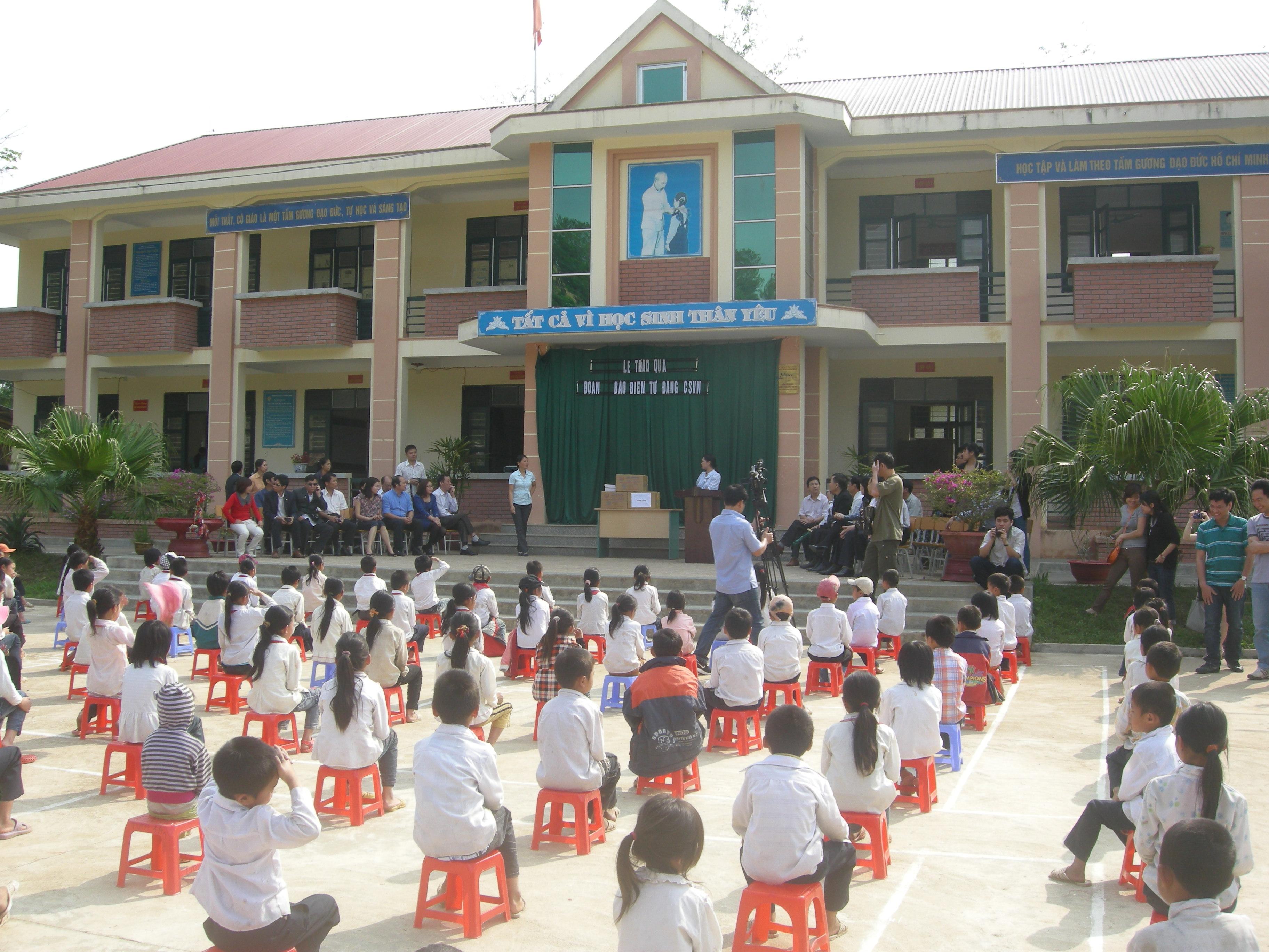 Lập Thạch: 90% số trường học đạt chuẩn quốc gia