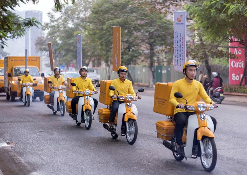 Bưu điện tỉnh Quảng Ninh ra mắt phương tiện vận chuyển theo nhận diện thương hiệu ngành