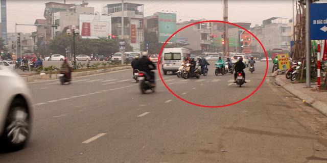 Hà Nội: Bất cập tình trạng đi xe ngược chiều gây mất an toàn giao thông
