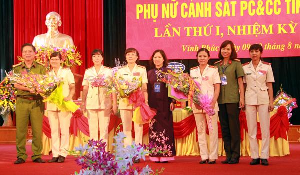 Phụ nữ PCCC tỉnh Vĩnh Phúc thi đua làm theo lời Bác
