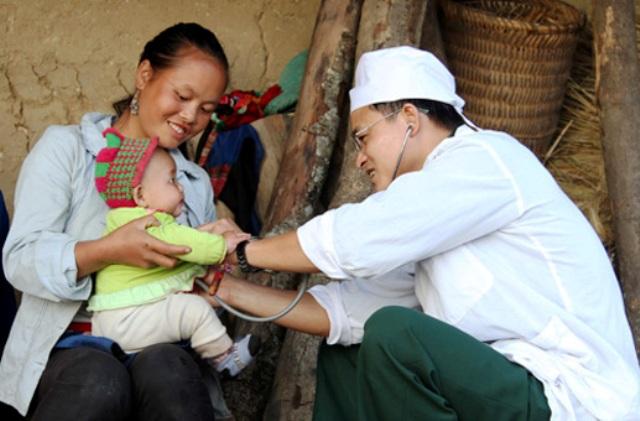 Kết hợp quân dân y ở Tây Bắc:  Hiệu quả và ưu việt trong chăm sóc sức khỏe nhân dân