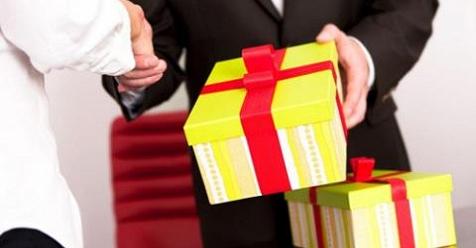 Thanh tra Chính phủ đề nghị báo cáo việc tặng, nhận quà Tết không đúng quy định