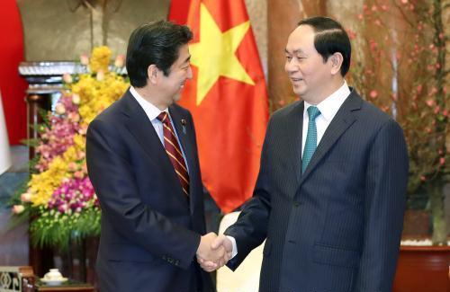 Chủ tịch nước Trần Đại Quang tiếp Thủ tướng Nhật Bản Sin-dô A-bê