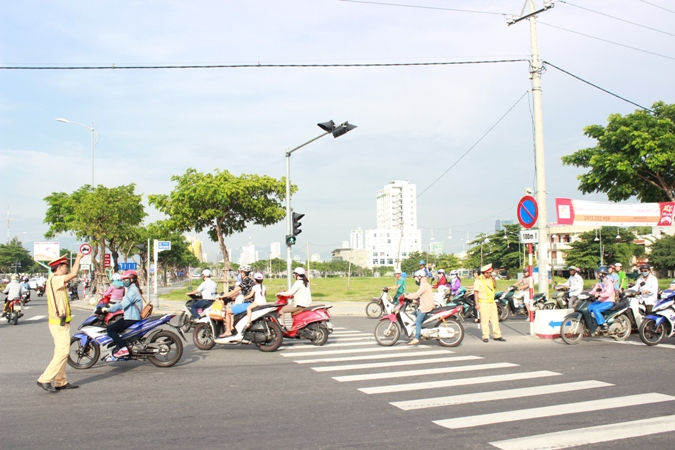 Tăng cường bảo đảm an toàn giao thông sau kỳ nghỉ Tết Nguyên đán