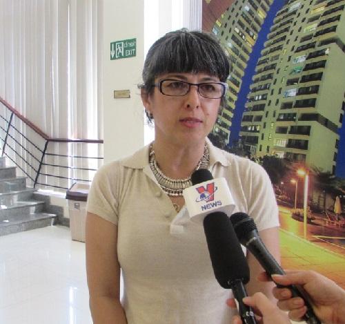 """GS Kiều Linh Caroline Valverde: """"Tôi 100% người Mỹ nhưng cũng 100% nước mắm"""""""
