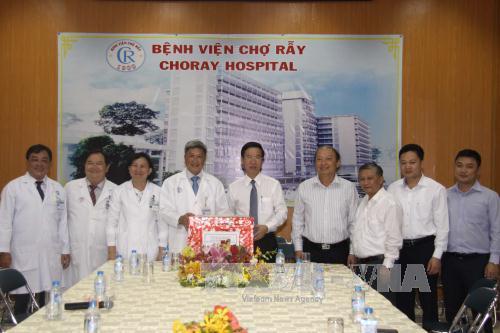 Đồng chí Võ Văn Thưởng: Cần chăm sóc chu đáo bệnh nhân đón Tết trong bệnh viện