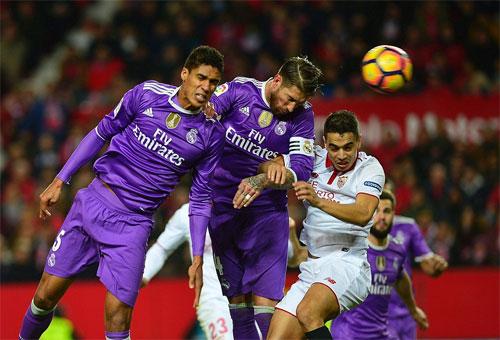Real Madrid chấm dứt 40 trận bất bại trước Sevilla