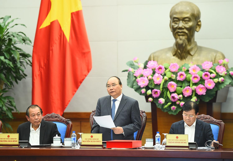 Thủ tướng Nguyễn Xuân Phúc chủ trì cuộc họp trực tuyến bàn về các giải pháp chống ùn tắc giao thông ở Thành phố Hồ Chí Minh