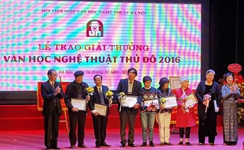 26 tác phẩm nghệ thuật nhận giải thưởng văn học nghệ thuật Thủ đô