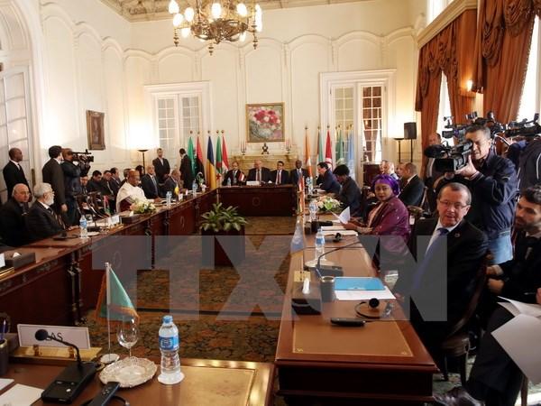 Các nước láng giềng phản đối bất kỳ đề xuất can thiệp quân sự vào Libya