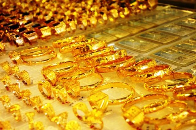 Quý 4/2016: Thị trường vàng trong nước vẫn chưa liên thông về giá với thị trường thế giới