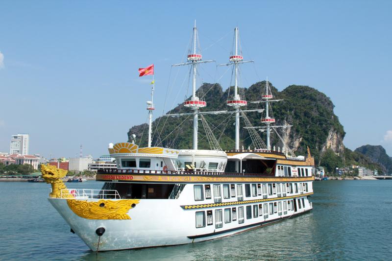 Quảng Ninh đón 10 vạn lượt khách trong dịp nghỉ Tết Dương lịch 2017