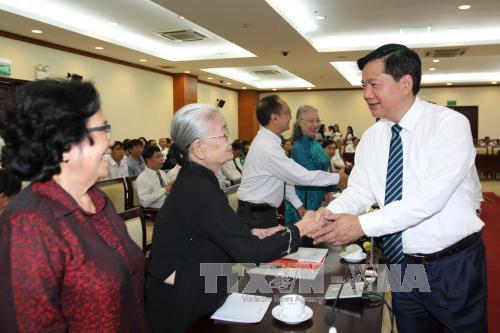 Lãnh đạo Thành phố Hồ Chí Minh gặp mặt thầy thuốc tiêu biểu