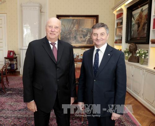Chủ tịch Hạ viện Ba Lan Kuchciński vượt qua cuộc bỏ phiếu bất tín nhiệm