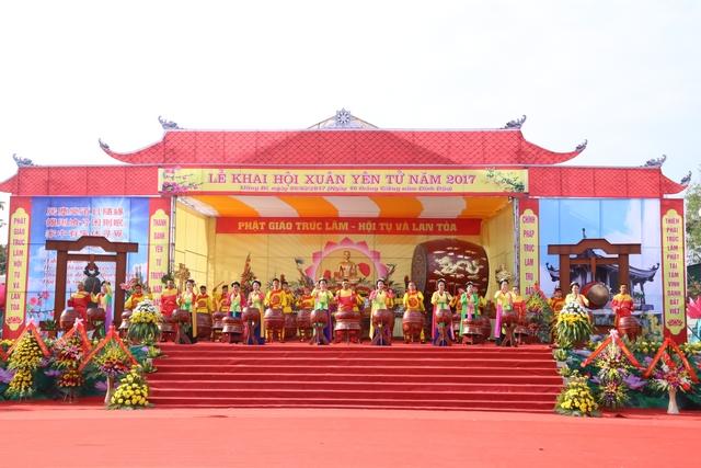 Rộn ràng Hội Xuân Yên Tử 2017