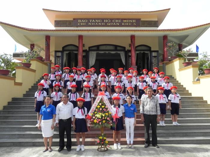 """Bảo tàng Hồ Chí Minh - Chi nhánh Quân khu 5: """"Địa chỉ đỏ"""" trong giáo dục truyền thống"""