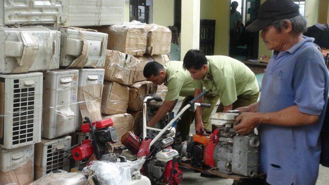 Quảng Nam: Bắt xe hàng nhập khẩu đã qua sử dụng lớn nhất từ trước đến nay