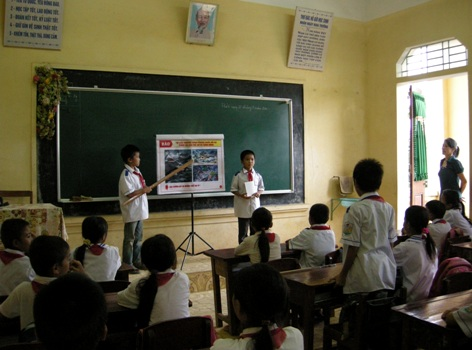 Hướng tới tương lai bền vững thông qua giáo dục đa ngôn ngữ