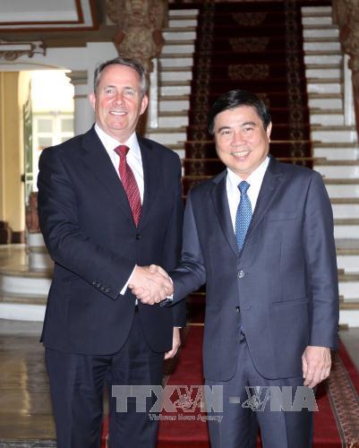 Lãnh đạo Thành phố Hồ Chí Minh tiếp Bộ trưởng Bộ Thương mại quốc tế Vương quốc Anh và Bắc Ai-len