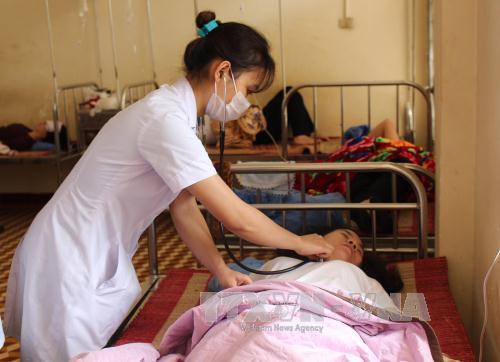 Đắk Lắk: 21 người nhập viện do ngộ độc thực phẩm
