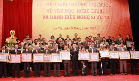 10 tác giả được tặng Giải thưởng Hồ Chí Minh về văn học nghệ thuật